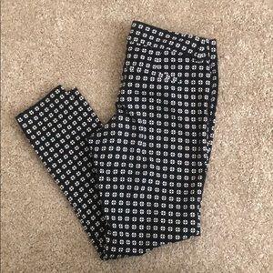 Old Navy Pixie crop pants